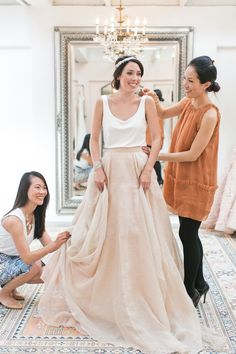 Photography: Josh Gruetzmacher Photography - joshgruetzmacher.com Read More: http://www.stylemepretty.com/california-weddings/2015/06/12/8-tips-for-finding-the-perfect-wedding-dress/