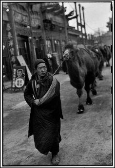 © Henri Cartier-Bresson/Magnum Photos Beijing. December 1948.