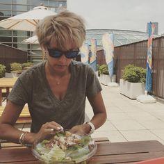 サラダ嫌いな私いつも無理して食べてる本当に嫌い#野菜嫌い
