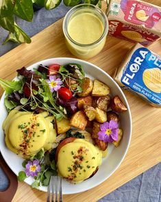 Toasted English muffins topped w/ eggy tofu, fresh toms, sautéed spinach all coated in vegan hollandaise sauce. You're going to want to taste this, trust us!! 🤩 @floraplantbased spreads are perfect for baking homemade English muffins and for creating an ultra silky Hollandaise sauce! Vegan Hollandaise Sauce, Homemade English Muffins, Sauteed Spinach, Easter Brunch, Spring Recipes, Tofu, Spreads, Potato Salad, Trust