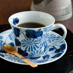 菊絵コーヒーC&S - 和食器通販 うつわ耶馬都|食卓を彩る作家もの陶器・磁器のお店 Coffee Cups, Tea Cups, Tableware, Coffee Mugs, Dinnerware, Tablewares, Coffee Cup, Dishes, Place Settings