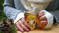 Horké nápoje zahřejí a navodí tu pravou vánoční atmosféru– Novinky.cz Beer, Punk, Tableware, Root Beer, Ale, Dinnerware, Tablewares, Punk Rock, Dishes