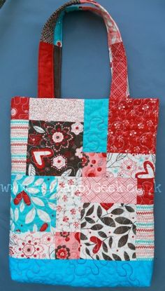Tutorial Tuesday: Disappearing 9 Patch Tote Bag | SewHappyGeek