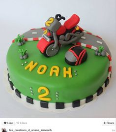 Gâteau anniversaire moto