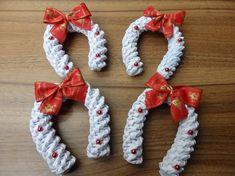 Výrobky ručně pletené z papíru | Služby pro všechny s.r.o. Alena Pštrosová Burlap Wreath, Wreaths, Decor, Garlands, Dekoration, Decoration, Door Wreaths, Deco Mesh Wreaths, Home Decoration