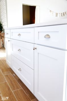 Great New Ice White Kitchen Cabinets From CabinetGiant.com