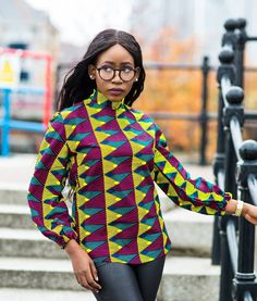 The right picture collection of 2018 latest ankara styles for ladies. Every woman deserves to rock the latest ankara styles of 2018 Ankara Tops Blouses, Ankara Blouse, African Blouses, African Tops, African Wear, African Dress, African Attire, African Style, Ankara Styles For Women