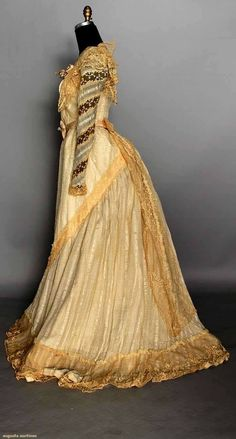 SILK TEA GOWN, PARIS, 1900 2-piece cream silk & lace w/ Paris label