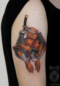 Toad, Black Tattoos, Piercings, Skull, Mini, Japanese Tattoos, Peircings, Piercing, Black Art Tattoo