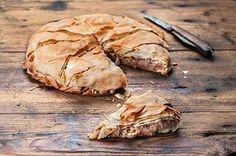 Μοναστηριακή πίτα φούλ σε Ω3 και φυτικές πρωτεΐνες. Γιατί η ελληνική κουζίνα είναι σοφή και αξεπέραστη.