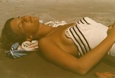 Sylvia Plath was an American poet, novelist, and short story writer. Sylvia Plath, Anne Sexton, Moleskine, Story Writer, American Poets, Bikini, Before Us, Love Songs, Cool Photos