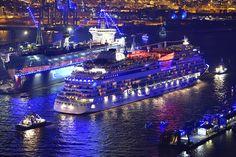 Hamburg Cruise Days 2015: http://www.bilderwerk-hamburg.de/category/hamburg-motive/hamburg-cruise-days/