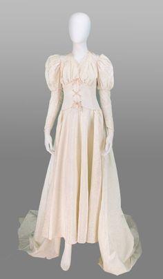 1940s corset waist Renaissance wedding gown