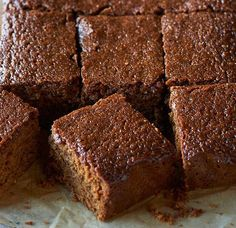 Get set for Bonfire Night with a traditional Yorkshire Parkin cake recipe. Yorkshire Recipes, Yorkshire Parkin, Yorkshire Food, Parkin Cake Recipe, Parkin Recipes, Tray Bake Recipes, Dessert Recipes, Desserts, Cupcake Recipes