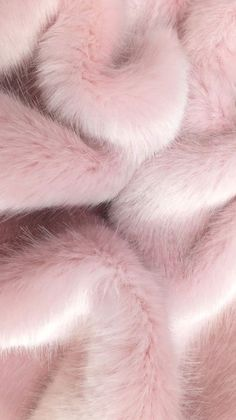Image about pink in L O N D E N by Enjoy life, it's already short Picture found by 𝓈𝒶𝓂𝒶𝓃𝓉𝒽𝒶 𝓈𝑒𝓇𝑒𝓃𝒶 ✰.) Your own images and videos in We Heart It pink Rose Gold Wallpaper, Pink Wallpaper Iphone, Iphone Background Wallpaper, Aesthetic Iphone Wallpaper, Aesthetic Wallpapers, Pink Fur Background, Whats Wallpaper, Tapete Gold, Rose Gold Aesthetic