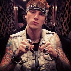MGK-I CANT BELIEVE I'M GONNA SEE HIM LIVE