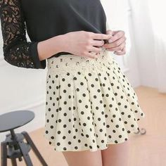 'Tokyo Fashion – Crochet-Waist Dotted Culottes' with Free International Shipping at YesStyle.com. Browse and shop for thousands of Asian fashion items from Taiwan and more!