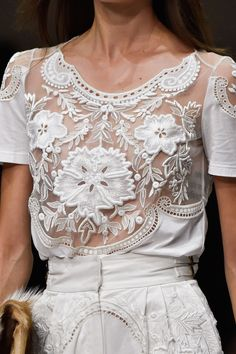 Lace boho wedding dress design idea // Roberto Cavalli at Milan Fashion Week Spring 2015 Fashion Details, Look Fashion, High Fashion, Fashion Beauty, Fashion Design, Dress Fashion, Fashion Week, Runway Fashion, Womens Fashion