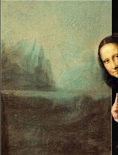Brus_© I love this Mona Lisa peeking at us from outside the painting. Do you suppose she was a shy women? Look at that smile. Art Magique, La Madone, Mona Lisa Parody, Mona Lisa Smile, Art Jokes, Photocollage, Arte Pop, Funny Art, Aesthetic Art
