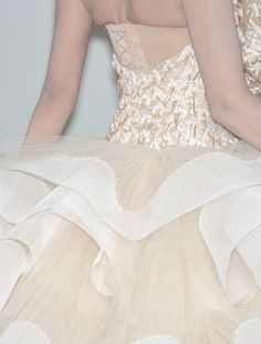 Okay it's a little too fancy for me - but beautiful christian diorhaute couture autumn/winter 2009-2010