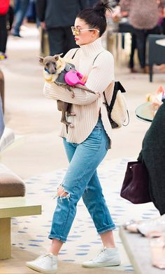 """wanna-be-kardashian: """"December 2015 - Kylie out in LA """" Kylie Jenner Outfits, Moda Kylie Jenner, Trajes Kylie Jenner, Kylie Jenner Photos, Looks Kylie Jenner, Estilo Kylie Jenner, Kyle Jenner, Kylie Jenner Style, Fall Clothes"""