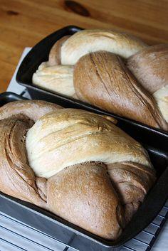 braided rye bread