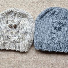 Owl Beanie 4 sizes Knitting pattern by The Lonely Sea - Heather C Knitted Owl, Knitted Hats, Christmas Knitting Patterns, Crochet Waistcoat, French Pattern, Universal Yarn, Fingerless Mitts, Plymouth Yarn, Rugs