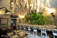 Pane e Acqua da Francesco Passalacqua: Ever going to Milano? You have to try this restaurant! Great food & wine + the coolest interieur decor + ask for the way to Francesco's design studio too - it's really worth seeing!