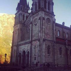 Hay lugares que te dejan sin palabras... www.yolandaypaul.com/pin #Daphneeyyolanda #lugaresmaravillosos #asturias