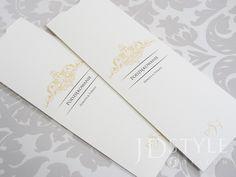 Podziękowania ślubne dla rodziców Młodej Pary w formie eleganckiej, ręcznie robionej koperty z wysuwanym blankietem, na którym drukowana jest dowolna treść podziękowań. Różna kolory grafiki do wyboru. Ornament, Decoration, Ornaments