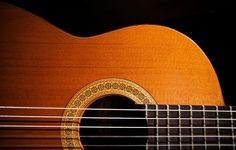 Miguel Rodriguez, 1989 classical guitar luthier from Cordoba, Spain