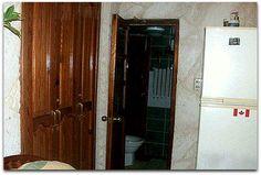 Acceso al baño. Cuba, Armoire, Tall Cabinet Storage, Home Decor, Apartments, Clothes Stand, Decoration Home, Closet, Room Decor
