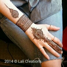 Eid Mehndi-Henna Designs for Girls.Beautiful Mehndi designs for Eid & festivals. Collection of creative & unique mehndi-henna designs for girls this Eid Mehndi Tattoo, Mehandi Henna, 4 Tattoo, Henna Tattoo Designs, Mandala Tattoo, Hand Tattoos, Stylish Mehndi Designs, Beautiful Mehndi Design, Bridal Mehndi Designs