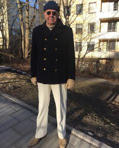 Introducing spring trousers from Saman Amel. #gentlemanstyle #gentleman #gentswear #vintage #vintagestyle #vintagemannen #vintagefashion #samanamel #navyjacket #navycoat #whitetrousers #suede #suedeshoes #carmina #carminashoemaker #herrjudit #turtlenecksweater #dandy #dapper #dapperman #welldressedmen #menswear #peacoat #polotröja