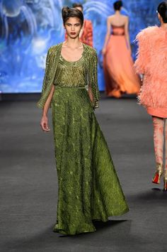 A look from Naeem Khan's fall 2015 collection. Photo: Frazer Harrison/Getty Images for Mercedes-Benz Fashion Week