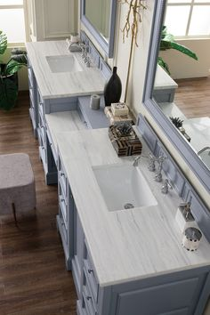 James Martin De Soto Collection 118 Inch Double Vanity Set, Silver Gray with Makeup Table, 3 CM Carrara Marble Top Bathroom Vanity Store, Double Sink Bathroom, Modern Master Bathroom, Master Baths, Master Bathrooms, Minimalist Bathroom, Bathroom Vanities, Sinks, Master Master