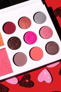 Did You Know You Could Snag These 7 Gorgeous Makeup Palettes From Amazon?