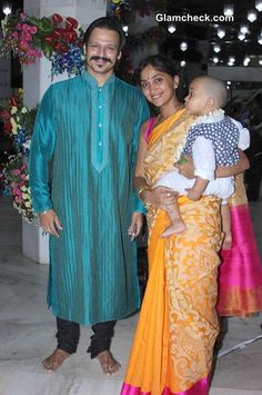 Shilpa Shetty came to offer prayers at the ISKCON temple along with her husband Raj Kundra and son Viaan. Actor Vivek Oberoi was also seen arriving at the temple to seek the blessings of God along with family - wife Priyanka Alva and son Vivaan Veer. Bollywood Couples, Bollywood Stars, Indian Celebrities, Bollywood Celebrities, Dress Indian Style, Indian Outfits, Celebrity Moms, Celebrity Pictures, Photos Of Katrina