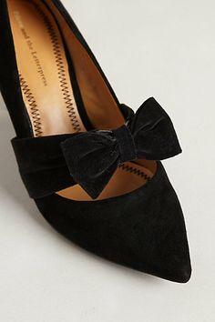 An interesting take on the classic black velvet shoe.