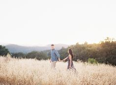 Photography : Clary Pfeiffer Photography Read More on SMP: http://www.stylemepretty.com/california-weddings/malibu/2015/08/04/golden-hour-engagement-session-under-a-california-oak-tree/