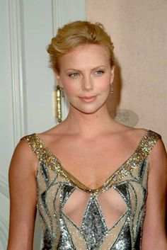 CHARLIZE THERON - SWEET.