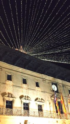 #christams #lights #360 #spain #fyuse #selfie #snow #cold #sexy #street #europe #flags #night