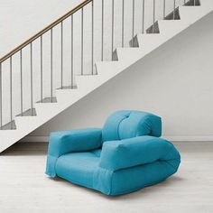 HIPPO, un fauteuil et aussi un sofa, hyper malins qui se transforment en un confortable lit futon d'appoint en quelques secondes - déco et design