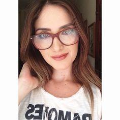 Morning  Pra quem não sabe eu sou cegueta e uso esse óculos discreto no meu dia a dia! Hahah #Amo! Esta é uma boa opção de #make para usar com óculos, em tons terrosos e pele bem iluminada!  #fashion #style #stylish #love #me #cute #photooftheday  #beauty #beautiful #instagood #instafashion #pretty #girly #pink #girl #girls  #model  #styles #outfit #óculos #glass #persol