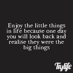 Great Quotes, Me Quotes, So True, Looking Back, Little Things, Life Lessons, Verses, Joy, Sayings