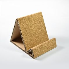 Cool Paper Crafts, Cardboard Crafts, Diy Paper, Diy And Crafts, Fun Crafts, Diy Calendar, Calendar Design, Minimal House Design, Support Telephone