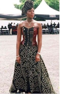 African fashion is available in a wide range of style and design. Whether it is men African fashion or women African fashion, you will notice. African Inspired Fashion, African Print Fashion, Africa Fashion, Ethnic Fashion, Look Fashion, Womens Fashion, Fashion Check, Ankara Fashion, Fashion Ideas