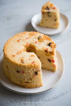 Softy and Fluffy Chiffon Gingerbread Fruit Cake