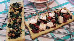 Cocineros del Mundo: Recetas del Reto de Septiembre 2016 - Granadas o Espinacas Cocas de Espinacas con Salmón y con Manzana - #retoseptiembre2016CdM del blog DeKooking