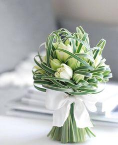 49 Perfect Flower Arrangement Ideas for Table - Flowers&Bouquets - Beautiful Flower Arrangements, Wedding Flower Arrangements, Floral Arrangements, Wedding Bouquets, Wedding Flowers, Table Arrangements, Green Flowers, Colorful Flowers, Beautiful Flowers